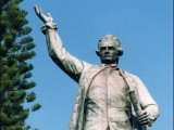 socha - James Cook - studium v Austrálii - Kukabara