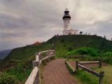 Od Cape Byron na východ lze už jenom do moře...