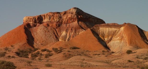 Barevná poušť okolo Coober Pedy...