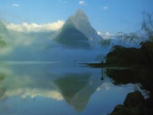 Nový Zéland - Země dlouhého bílého oblaku.