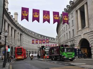 Diamond Jubilee - oslava 60 let vlády královny Alžběty II. proběhla v roce 2013.