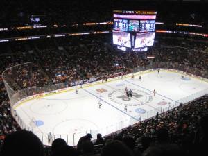 Ovšem není třetina jako třetina - ta střední hokejová je o dost menší než dvě zbylé.