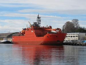 Ledoborec Aurora Australis v Hobártu...