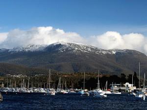 Mount Wellington je od Hobartu opravdu kousek.