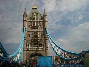 Kvíz o Londýně je stejně snadný jako projít se po Tower Bridge!